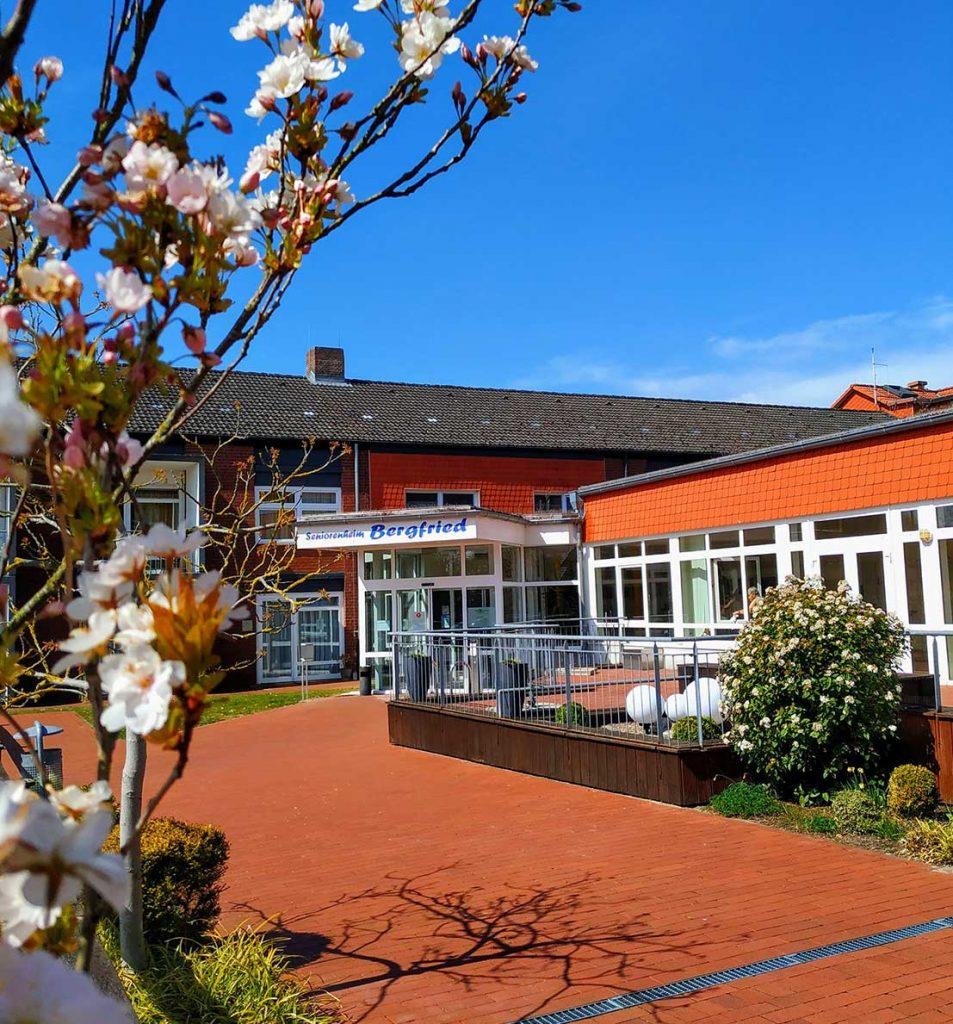 Seniorenheim-Bergfried-Guderhandviertel-Haupthaus